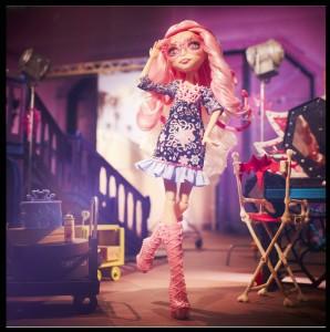Viperine Gorgon - Monster High - Yeni Alvarez Voiceover